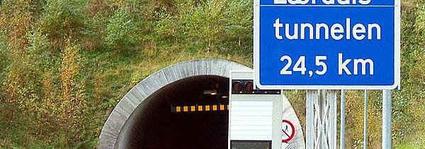 El Tunel de Carretra más Largo del Mundo