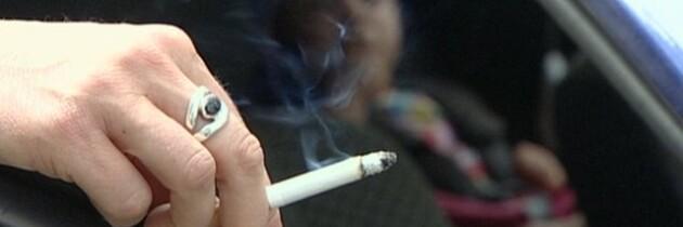 Reino Unido Prohibe Fumar en el Coche con Menores